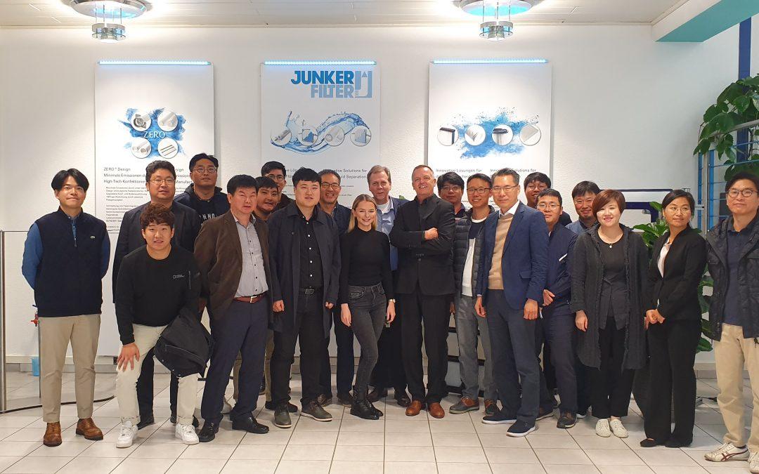 Koreanische Industrie-Delegation zu Gast bei Junker-Filter