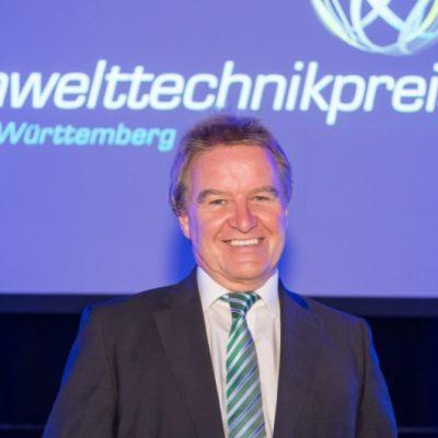 Umweltminister des Landes Baden-Württemberg Franz Untersteller zu Besuch bei Junker-Filter